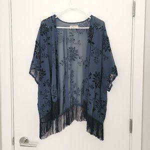 HOLLISTER Velvet Floral Kimono Cardigan Top
